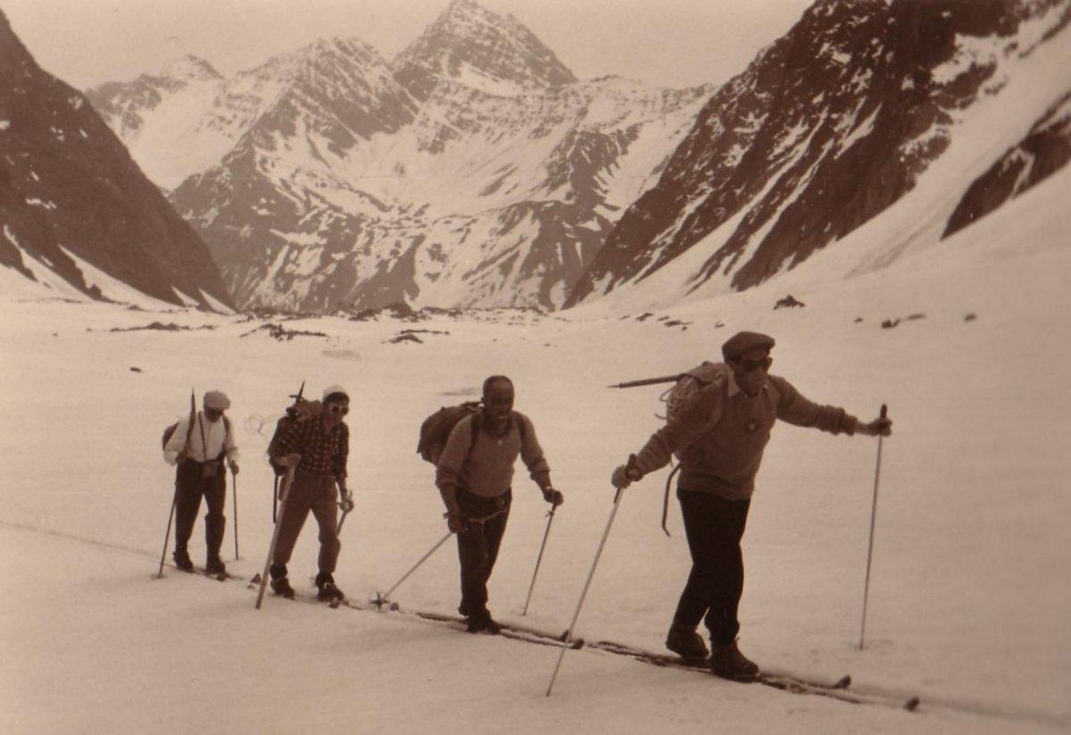CAI Ferrara – 1956 – La traversata scialpinistica del